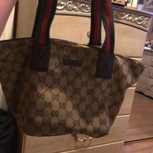 Authentic GUCCI MONOGRAM HAND BAG